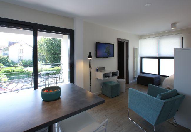 Aparthotel à Sévrier - SEVRIER - Eaux cristallines -2 pieces avec terrass