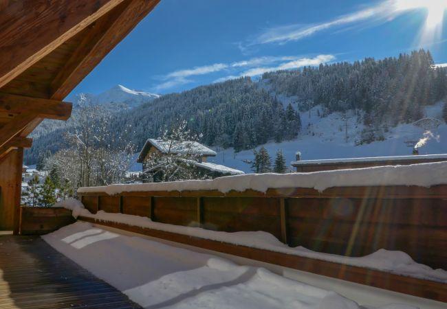Chalet in La Clusaz - Le Chalet des Cimes 5* Contemporary Mountain Style