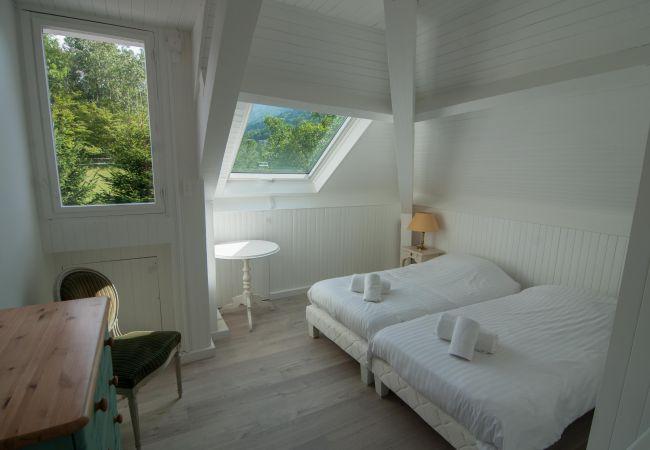 House in Sévrier - SEVRIER - Maison de Maître avec Piscine