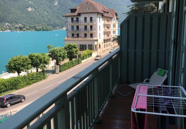 Apartment in Duingt - DUINGT - Pavillon du lac. Unique Vue Lac et Montag